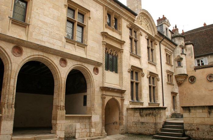 L'hôtel Lallemant, musée des arts décoratifs