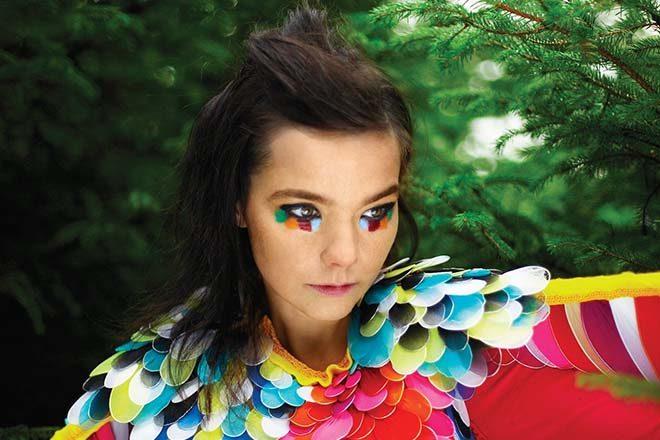 Björk imagine une musique fluctuant avec la météo